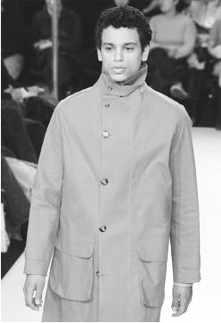 "Joe Casely-Hayford, fall/winter 2001 ""Supertramp"" collection. © Reuters NewMedia Inc./CORBIS."