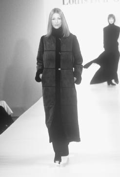 Louis Dell'Olio, fall 1999 fur collection. © Fashion Syndicate Press.
