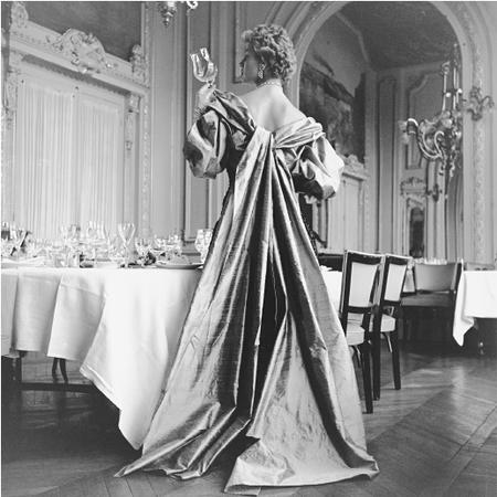 Design by Jacques Heim, 1954. © Genevieve Naylor/CORBIS.