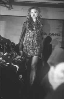 Gemma Kahng, fall 1997 collection. © Fashion Syndicate Press.