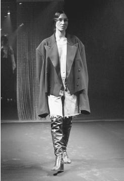 Fashion designer martin margiela 96