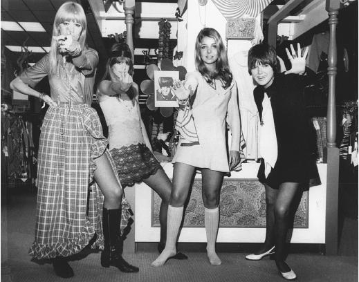 Lastest Everything About Fashion FASHION TRENDS OF 1960S AND 1970S